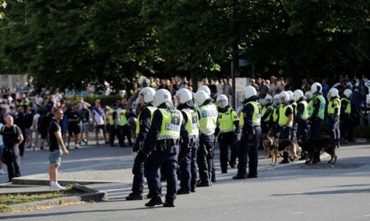 Болельщиков ФК «Гётеборг» приговорили к тюремному заключению за участие в беспорядках