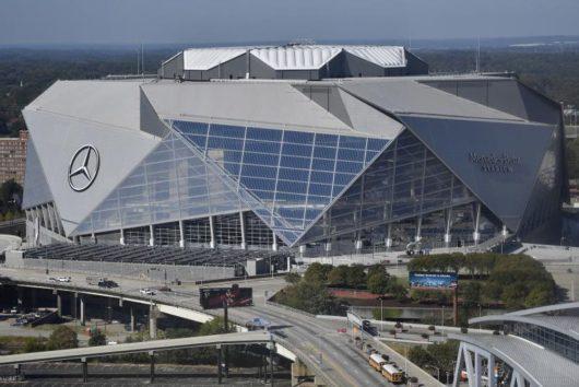 «Мерседес-Бенц Стэдиум»/Mercedes-Benz Stadium (Атланта, США)