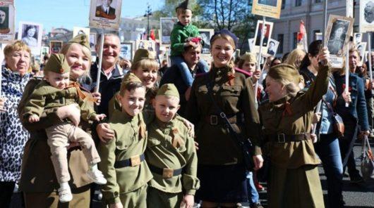 В акции «Бессмертный полк» в Петербурге приняло участие больше миллиона человек