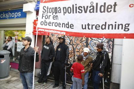 stoppa polisvåldet