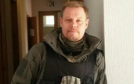 Mikael Skillt избили только за то, что он нацист и убийца