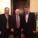 Немцов и сенатор Джон Маккейн