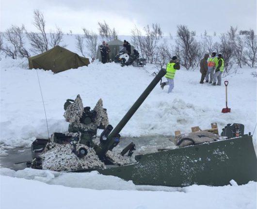 На учениях в Норвегии под лёд провалилась БМП CV90 (Strf 90)
