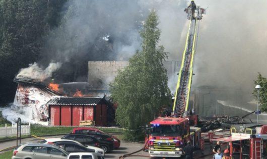14 июня в Осло сгорела школа Toppåsen skole