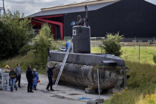 Частную подводную лодку «UC3 Nautilus» подняли и отбуксировали в порт Копенгагена