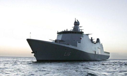 Корабль ВМС Дании «Абсалон»