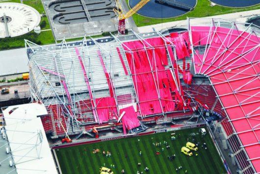 В Нидерландах на стадионе «Гролс Весте» развалилась крыша